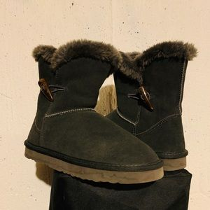 Brand new BearPaw warm boots